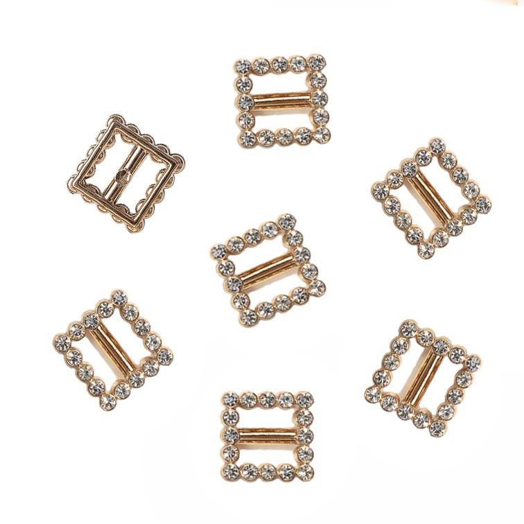 Пряжка декоративная со стразами «Квадрат», 17*17 мм (1 шт), золото