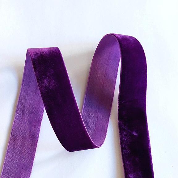 Бархатная лента 2.5 см, тёмно-фиолетовый (1 метр)